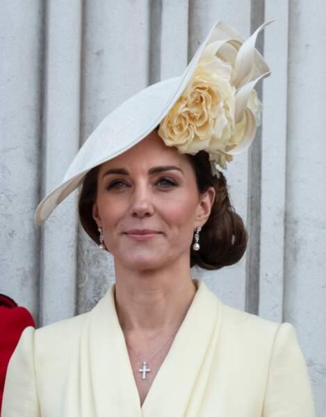 Kate Middleton, une jeune maman resplendissante et toujours très élégante