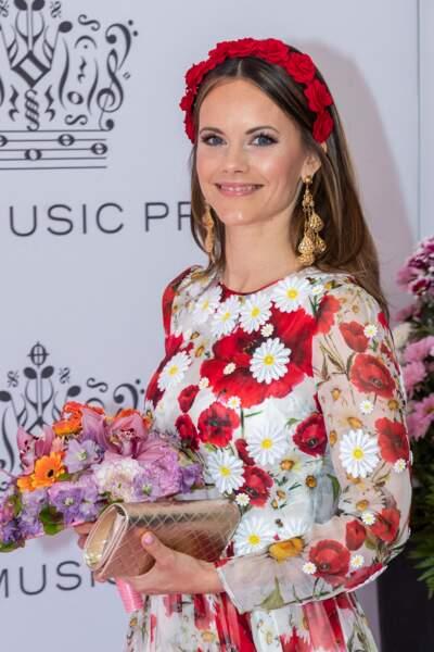Sofia de Suède a craqué pour une paire de boucles d'oreilles de la marque Gas Bijoux comme Meghan Markle