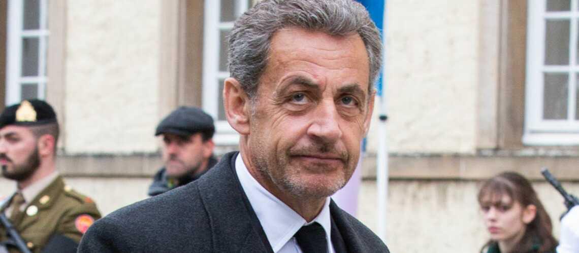 Un tableau du père de Nicolas Sarkozy fait un bide aux enchères - Gala