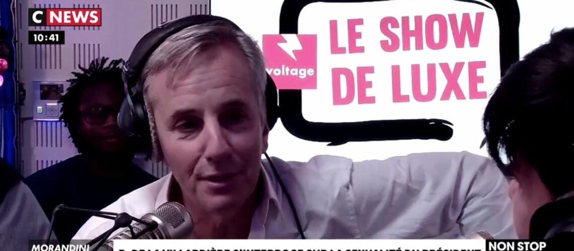 VIDÉO – Le dérapage de Bernard de la Villardière sur la vie privée d'Emmanuel Macron provoque le malaise - Gala