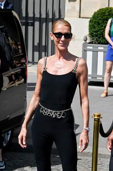 Ce 27 juin, la nouvelle égérie L'Oréal Paris était particulièrement blonde et bronzée