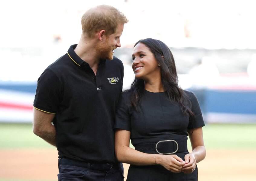 Meghan Markle et le prince Harry ont multiplié les gestes tendres lors de cette journée