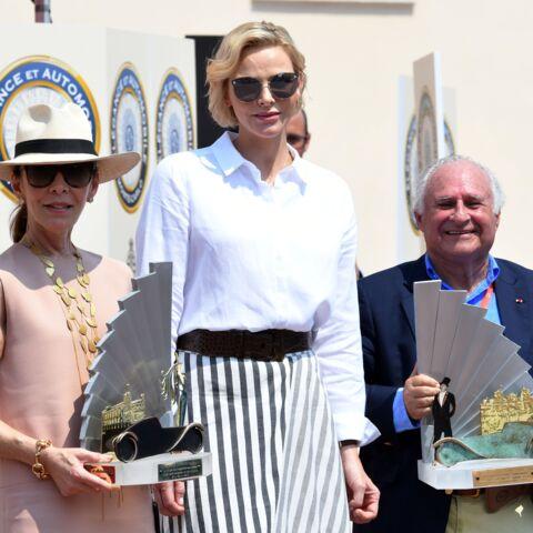 PHOTOS – Charlene de Monaco très chic et naturelle: son carré blond wavy est parfait pour cet été 2019