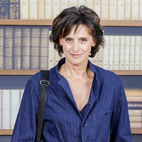 PHOTOS – Inès de la Fressange, Isabelle Adjani, Isabelle Huppert ultra stylées et réunies pour le défilé Chanel