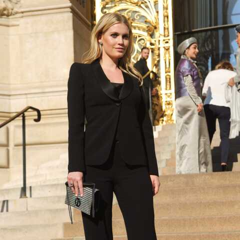 PHOTOS – Kitty Spencer, la nièce de Diana fait sa Fashion Week à Paris