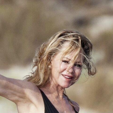 PHOTOS – Melanie Griffith en bikini à 61 ans, l'actrice s'éclate en vacances sur un yacht