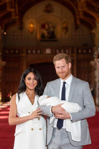 Deux jours après la naissance d'Archie, Meghan Markle et le prince Harry le présentaient au monde
