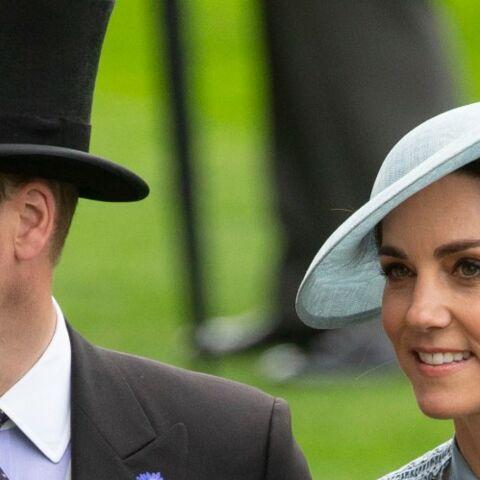 """Pourquoi le prince William a-t-il ouvert une """"ligne d'urgence"""" pour Kate Middleton"""