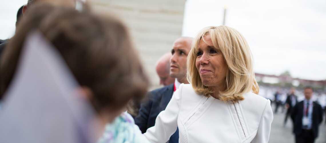 PHOTO – Brigitte Macron, superstar du 14 juillet : ce petit plaisir qu'elle s'est offert après le défilé - Gala