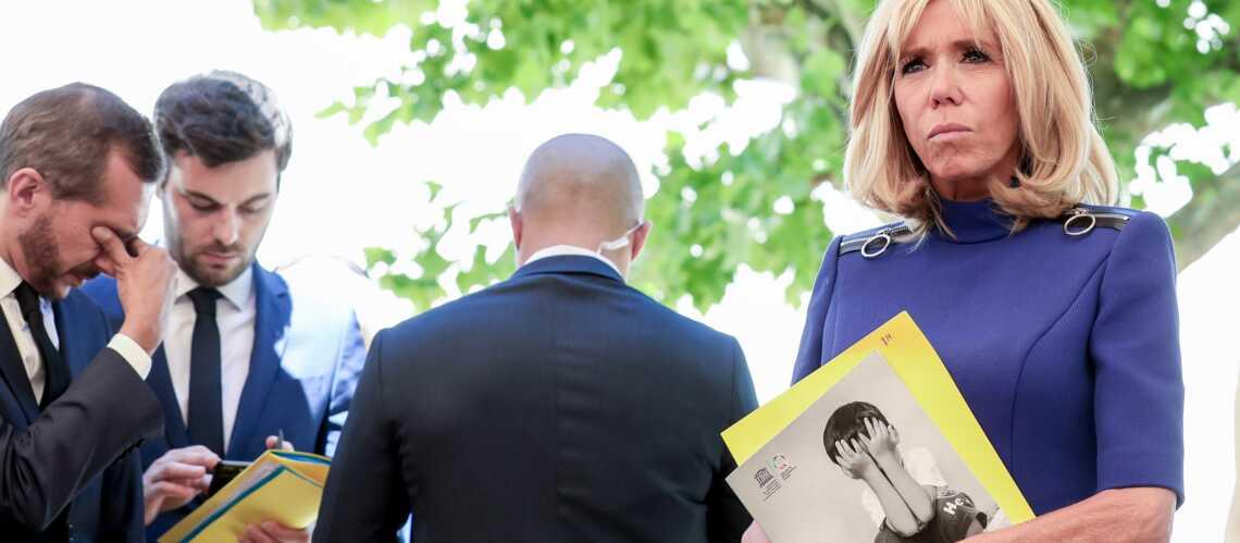 EXCLU – Brigitte Macron : des vacances en famille pas si reposantes - Gala