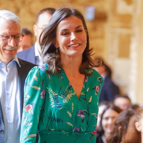 PHOTOS – Letizia d'Espagne ravissante en robe d'été Maje soldée à –20%!