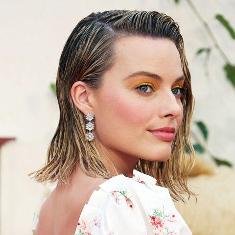 PHOTOS – 30 façons d'adopter les cheveux wet, la coiffure star de cet été