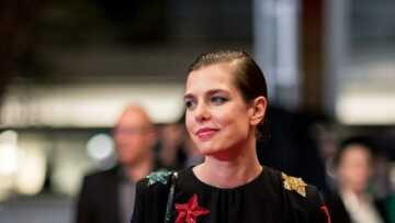 PHOTO – Charlotte Casiraghi en Saint Laurent Paris pour le mariage de Louis Ducruet: découvrez le prix de sa robe