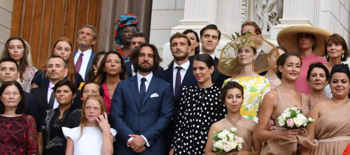 Beatrice Borromeo en robe jaune, porte le chapeau de Caroline de Monaco au mariage de Louis Ducruet