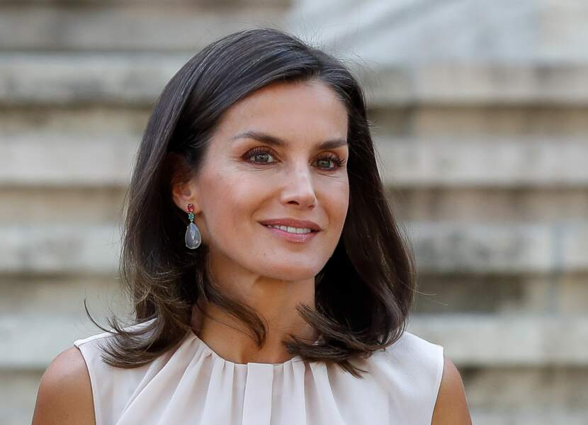 Letizia d'Espagne, comme Kate Middleton, ne cache pas spécialement ses cheveux blancs