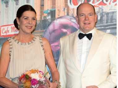 PHOTOS - Quand Caroline de Monaco recycle une robe mythe pour le mariage de Louis Ducruet