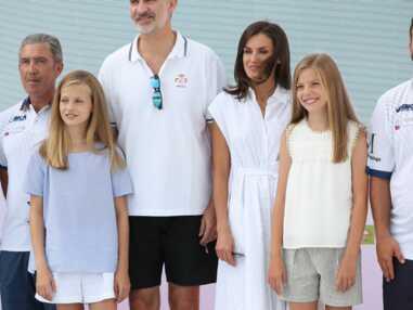 """PHOTOS - Felipe VI,Letizia, leurs filles Leonor et Sofia à Majorque pour la course de voile """"Copa del Rey"""" le 1er août 2019"""