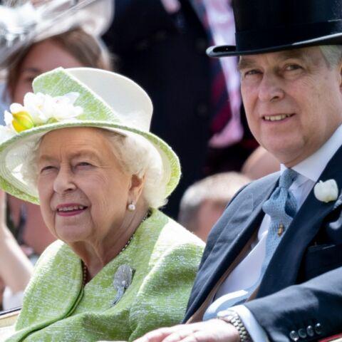 Elizabeth II: comment elle protège son fils préféré, le prince Andrew, accusé d'agressions sur mineures