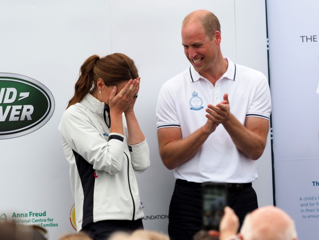 Kate Middleton et le prince William lors de la King's Cup, sur l'île de Wight, le 8 août 2019.