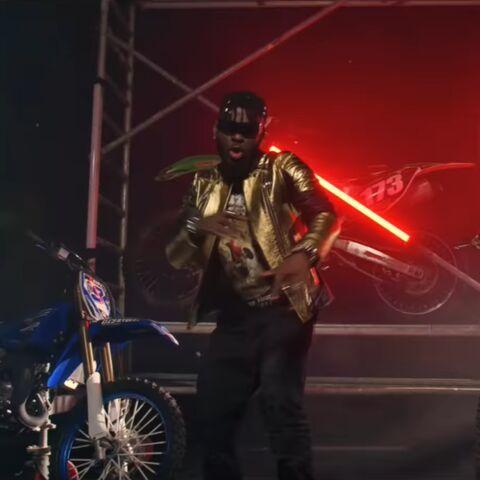 Tragédie: le chanteur DJ Arafat mort à 33 ans dans un accident de moto