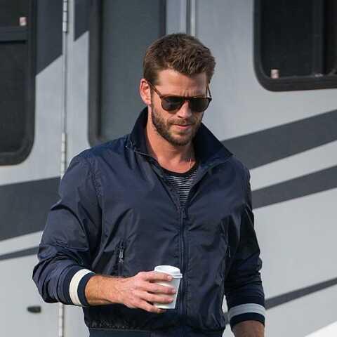 PHOTOS – Liam Hemsworth la mine déconfite: première apparition publique depuis son divorce avec Miley Cyrus