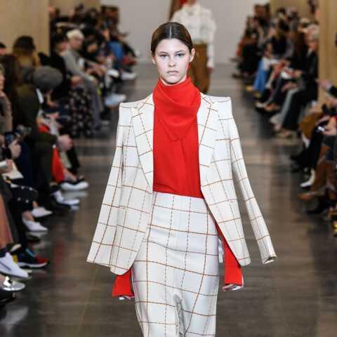 PHOTOS – Comment porter la veste de blazer, si tendance cet hiver 2020?