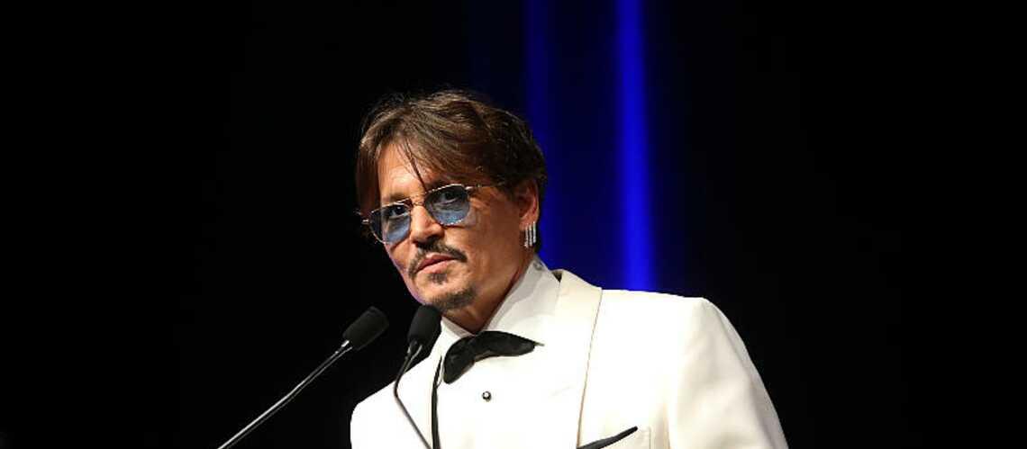 Johnny Depp rend un vibrant hommage à sa fille Lily-Rose au festival de Deauville - Gala