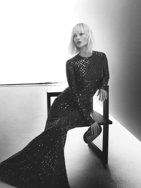 Kate Moss est le nouveau visage de la collection automne-hiver 2019/2020 Giorgio Armani.