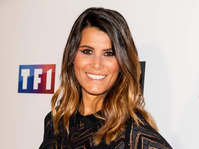 Karine Ferri a adopté la coloration tendance bronde ou dirty brunette pour cette rentrée