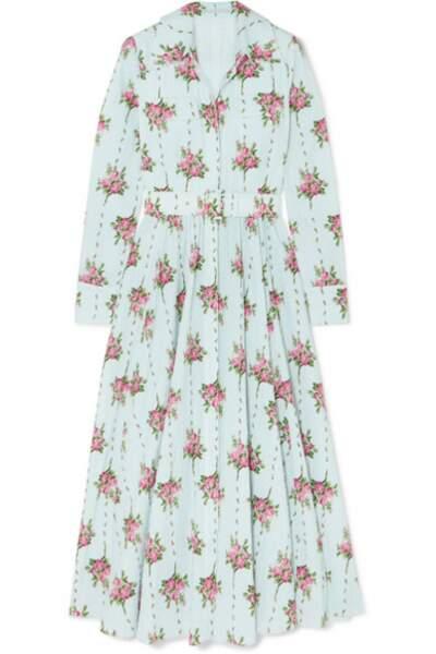La robe de Kate est en crépon de coton mélangé à pois, à imprimé fleuri et ceinturé, Emilia Wickstead à 1880 €