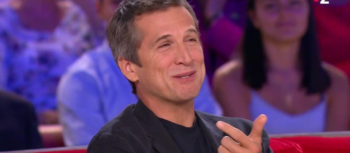"""VIDÉO – Guillaume Canet : quand sa femme Marion Cotillard le compare """"à un acteur porno des années 80"""" - Gala"""