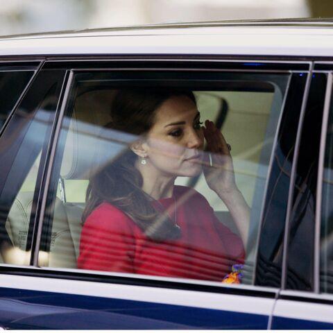 PHOTOS – Kate Middleton, Charlene de Monaco… Quand les stars du gotha craquent en public