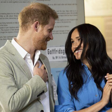 PHOTOS – Petits bisous et gestes tendres: Harry et Meghan Markle font fondre leurs fans