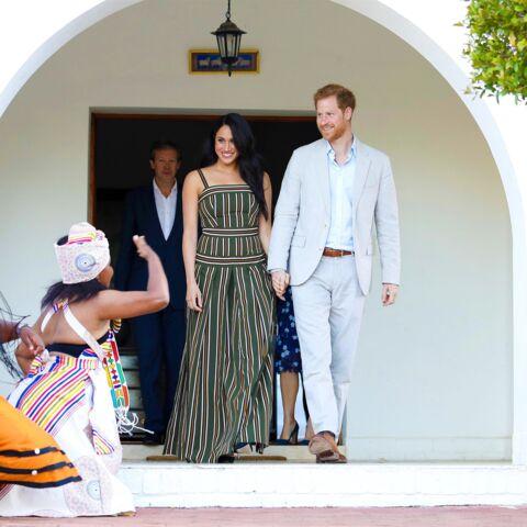 PHOTOS – Meghan Markle ressort une robe de grossesse, de quoi attiser les rumeurs…