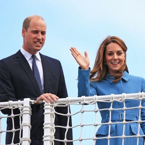 PHOTOS – Kate Middleton tout en décontraction au côté de William… pendant que Meghan et Harry sont à l'autre bout du monde