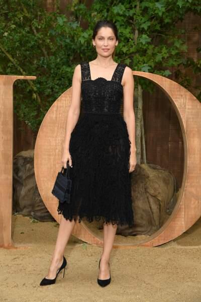 Laetitia Casta était ravissante au photocall du défilé Dior.