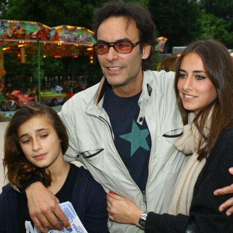 Anthony Delon peut être fier de sa fille… Loup vient d'obtenir son diplôme
