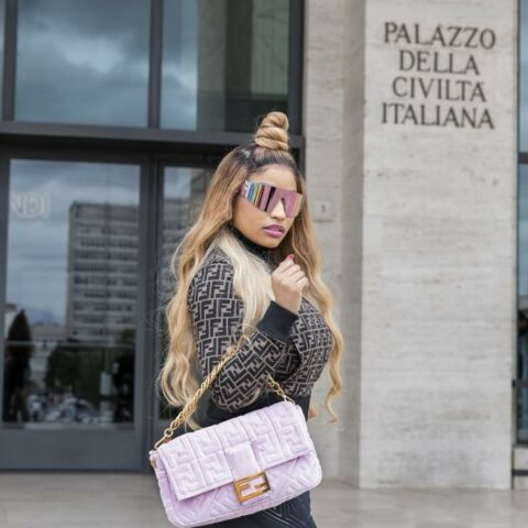PHOTO – Nicki Minaj se reconvertit dans la mode et lance sa collection capsule