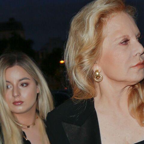 PHOTOS – Sylvie Vartan et sa fille Darina au défilé Celine… Laeticia Hallyday grande absente de la Fashion Week