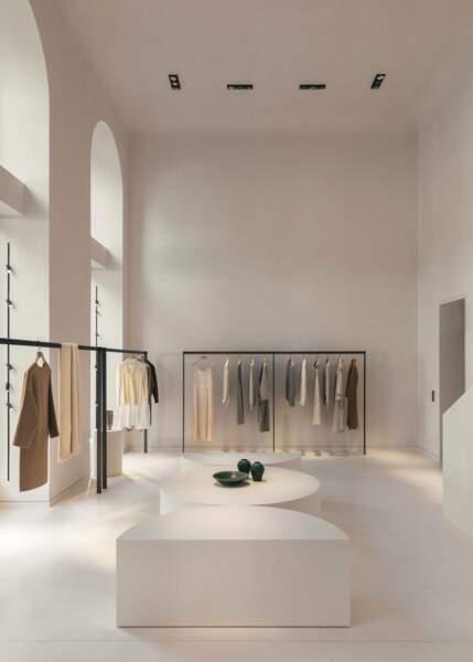 La marque éthique chinoise ICICLE arrive à Paris, avenue George V, dans une boutique minimaliste de 700m2.