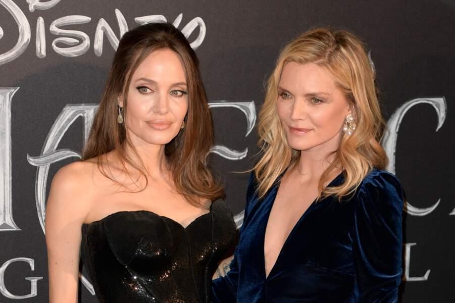 """Angelina Jolie et Michelle Pfeiffer sublimes à la première de """"Maléfique 2"""", à Rome, le 7 octobre 2019."""