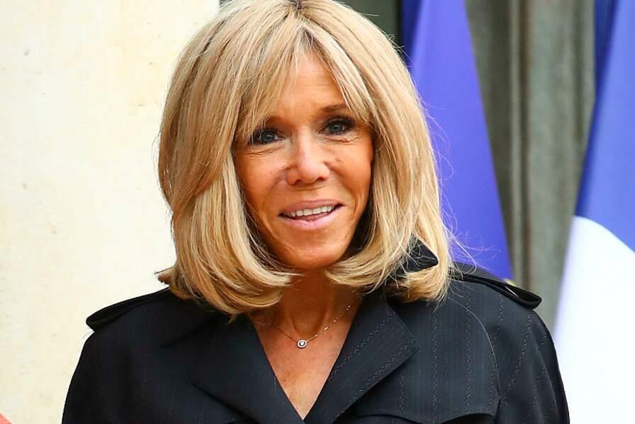 Brigitte Macron est adepte des extensions de cheveux pour gagner en densité capillaire et en volume.