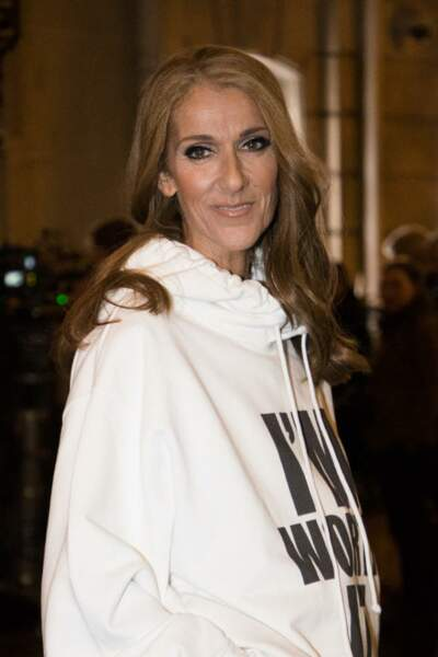 Céline Dion utilise les extensions de cheveux pour gagner en longueur et en volume.