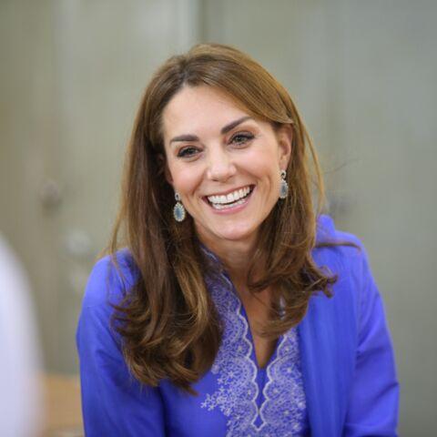 PHOTOS – Kate Middleton fait le buzz avec ses boucles d'oreille à 8€ déjà en rupture de stock!