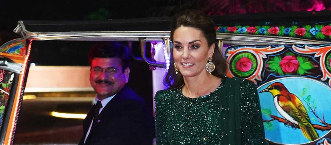 PHOTOS – Kate Middleton sublime dans une robe longue scintillante et verte, sa couleur préférée - Gala