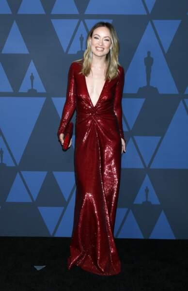 Olivia Wilde sublime en robe longue au décolleté xxl
