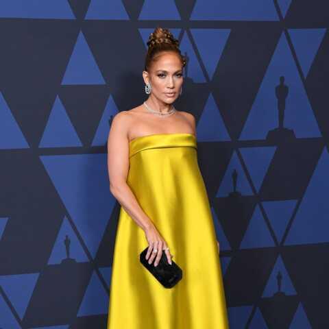 PHOTOS – Jennifer Lopez, Charlize Theron, les tenues surprenantes des stars lors d'une soirée à Los Angeles