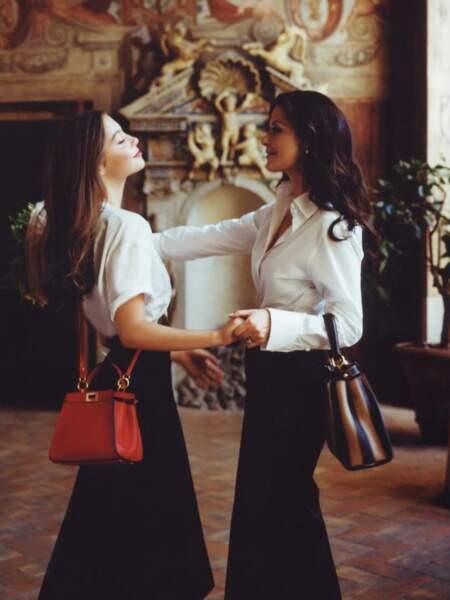 Carys Douglas dans les pas de sa mère Catherine Zeta-Jones. Future icone de style ? A 16 ans, elle est déjà égérie pour Fendi et son sac Peekaboo. Carrière à suivre...