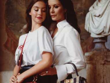 PHOTOS - Catherine Zeta-Jones et sa fille Carys Douglas posent pour la première fois ensemble à Rome