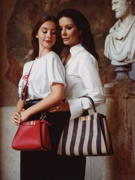 Catherine Zeta-Jones et sa fille Carys Douglas posent pour la première fois ensemble.